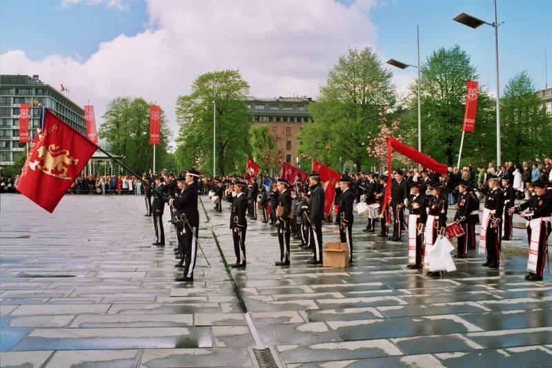 Parade for fanen